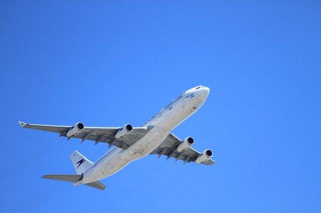Billets d'avion annulés:quels recours contre les sites de réservation?